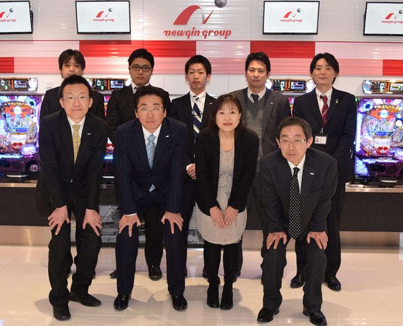 東京支店の営業スタッフが心をこめて対応する。