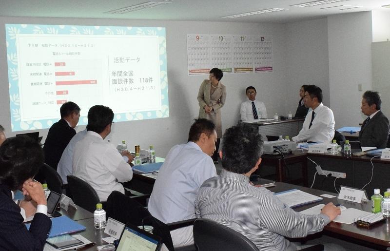 当日は、この日開催された回胴遊商の理事会に小川代表が臨席され、2018年度の活動報告と今後の活動方針について説明が行われた。