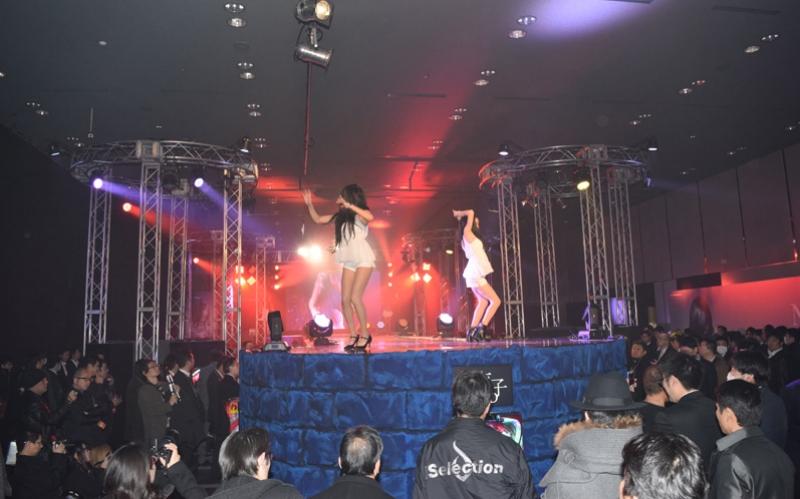 SADAKO DANCERSによるエキサイティングなダンスパフォーマンスも披露された。
