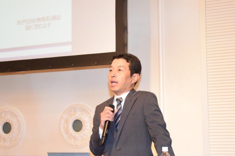 アウトの引き上げが最重要課題と強調したDK-SIS室の成田晋治上席講師。