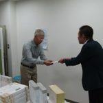 澤田グループ、富山学園に食料品など11品を寄贈