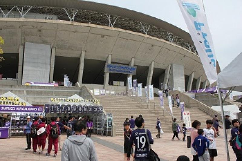 当日会場となった「エディオンスタジアム広島」。