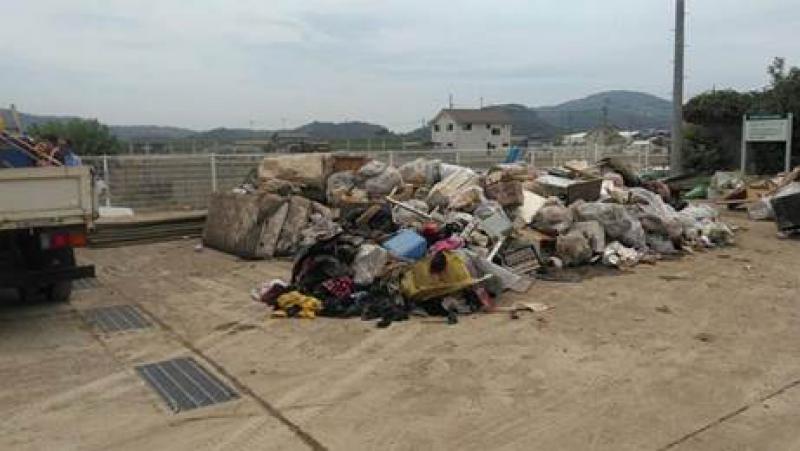 災害瓦礫の仮置き場として提供し、地域の通行が改善された。