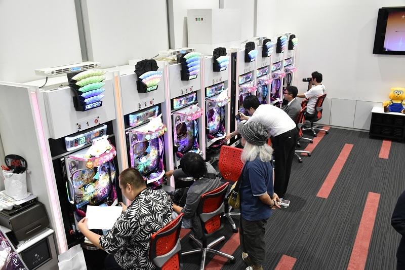 9月20日には東京支店で同機の内覧会が行われた。