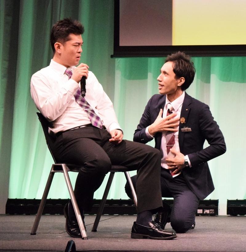 コンテストではスピーチとロールプレイングで競われた。