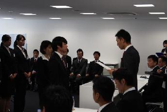 男性15名、女性8名の計23名の学生を入社内定者として迎えた善都。