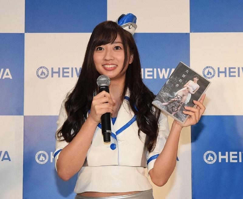 大貫彩香さん。1992年10月1日生まれ、神奈川県出身。グラビアアイドルとして活動中。