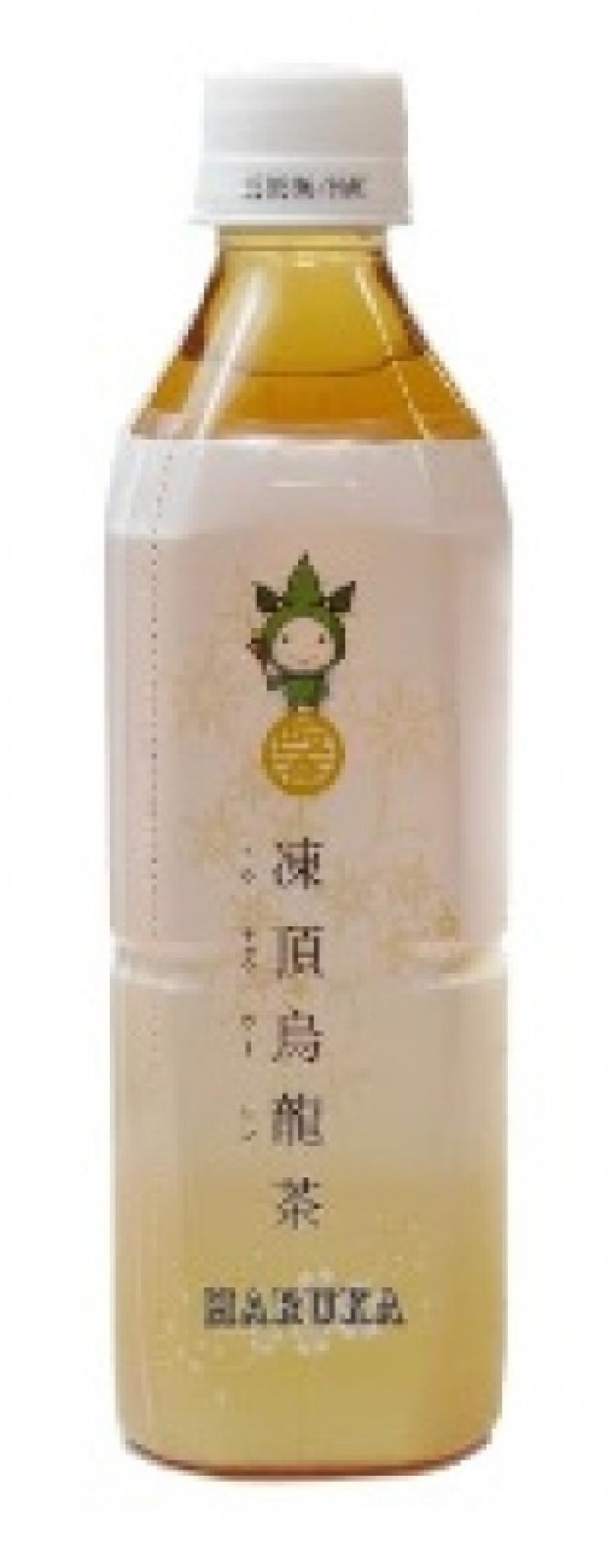 """ダイナムが今年8月に発表したオリジナル景品の『馨 凍頂烏龍茶 HARUKA(かおる とうちょううーろんちゃ はるか)』(500ml)。""""モーリーズ""""は初回限定パッケージに採用された。"""