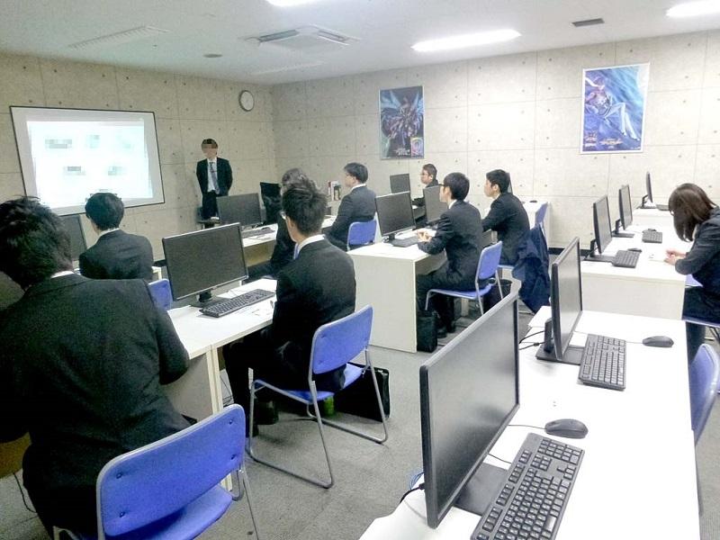 名古屋校での合同企業説明会の様子。