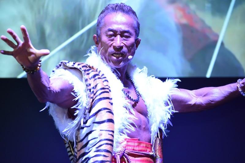 角田信朗さんが新楽曲「我夢想」を熱唱した。