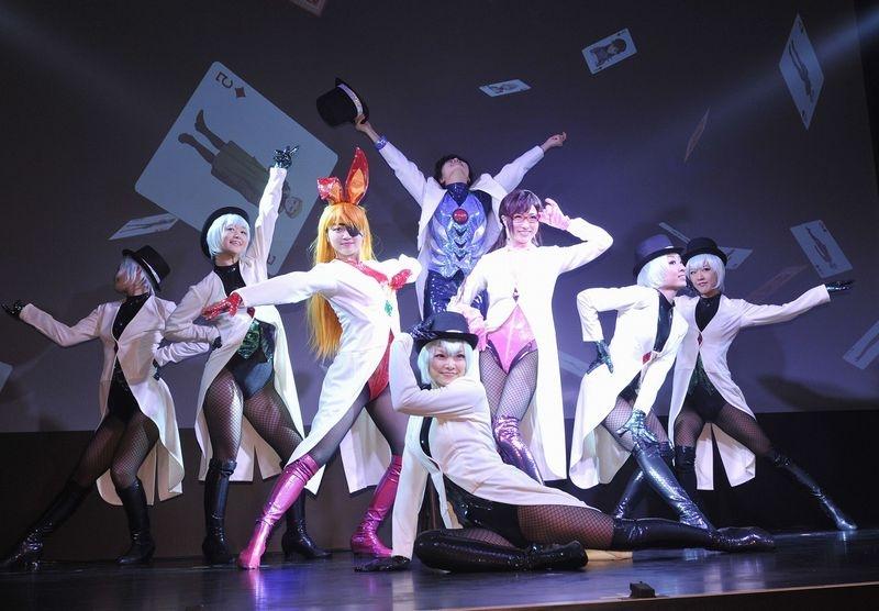 会場ではエヴァンゲリオンの楽曲をBGMにした圧巻のダンスパフォーマンスが披露された。