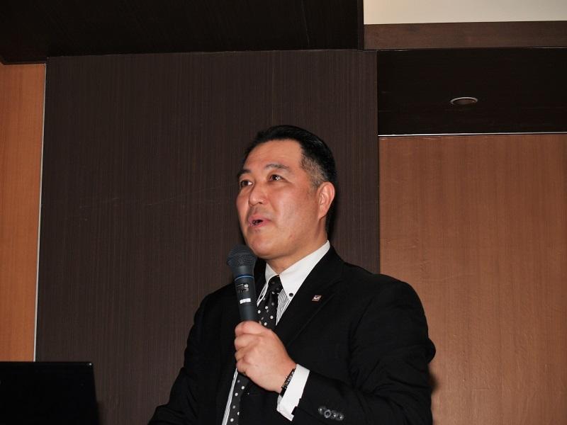 アガルタの長屋幸二取締役社長。