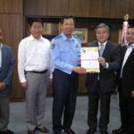 東京・板橋組合が板橋警察署に防犯グッズ寄贈