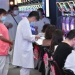 大阪市のパチンコ店『フリーダム』でワクチン接種、「面白い試み」と接種者は評価